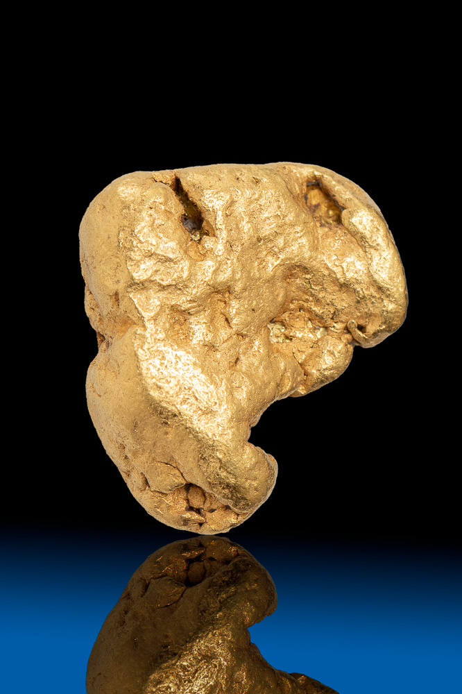 Hook Shaped Smooth Alaska Natural Gold Nugget - 3.28 grams