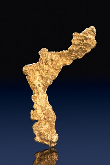 Very Long Unique Shaped Natural Gold Nugget from Australia