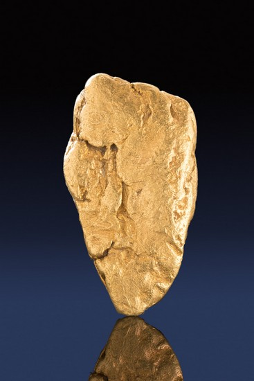 Brilliant and Welll Shaped Gold Nugget - Perfect for a Pendant
