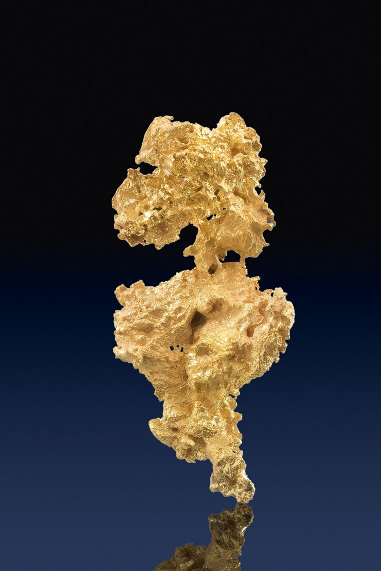 Long and well formed Crystalline Gold Nugget - California